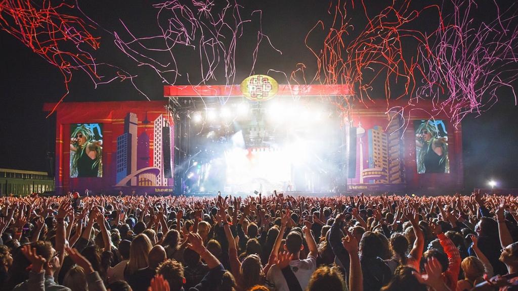Lollapalooza_Berlin_2015_Macklemore_RyanLewis_04_Stephan_Flad
