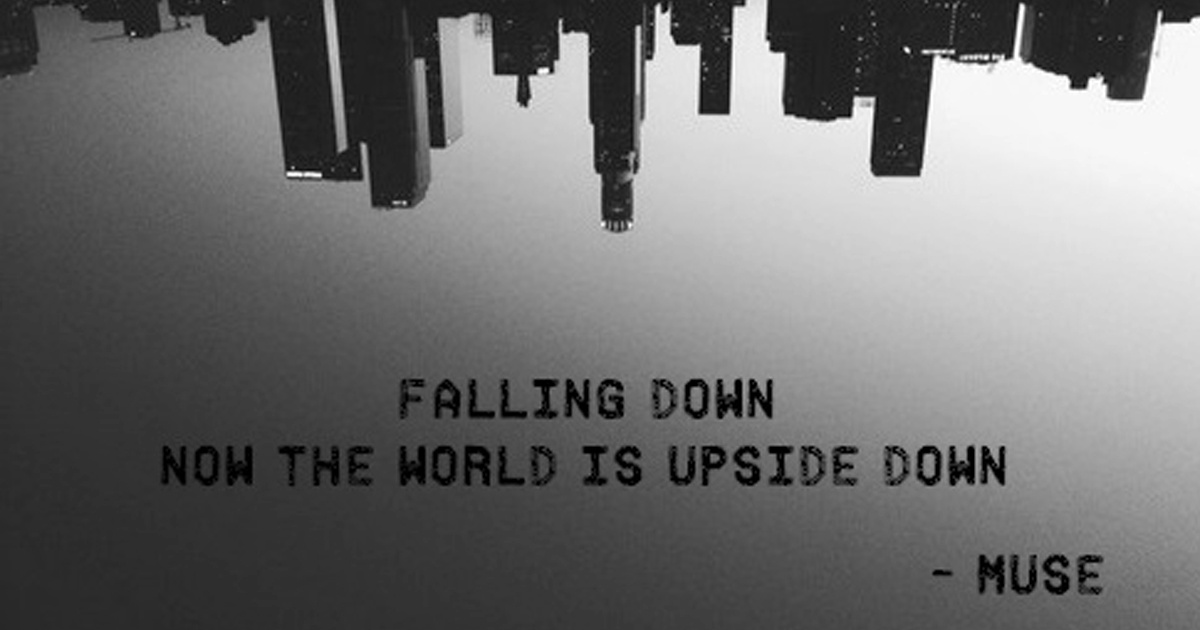 I'm falling down / And [...] thousand people scream / They were all begging for your dream